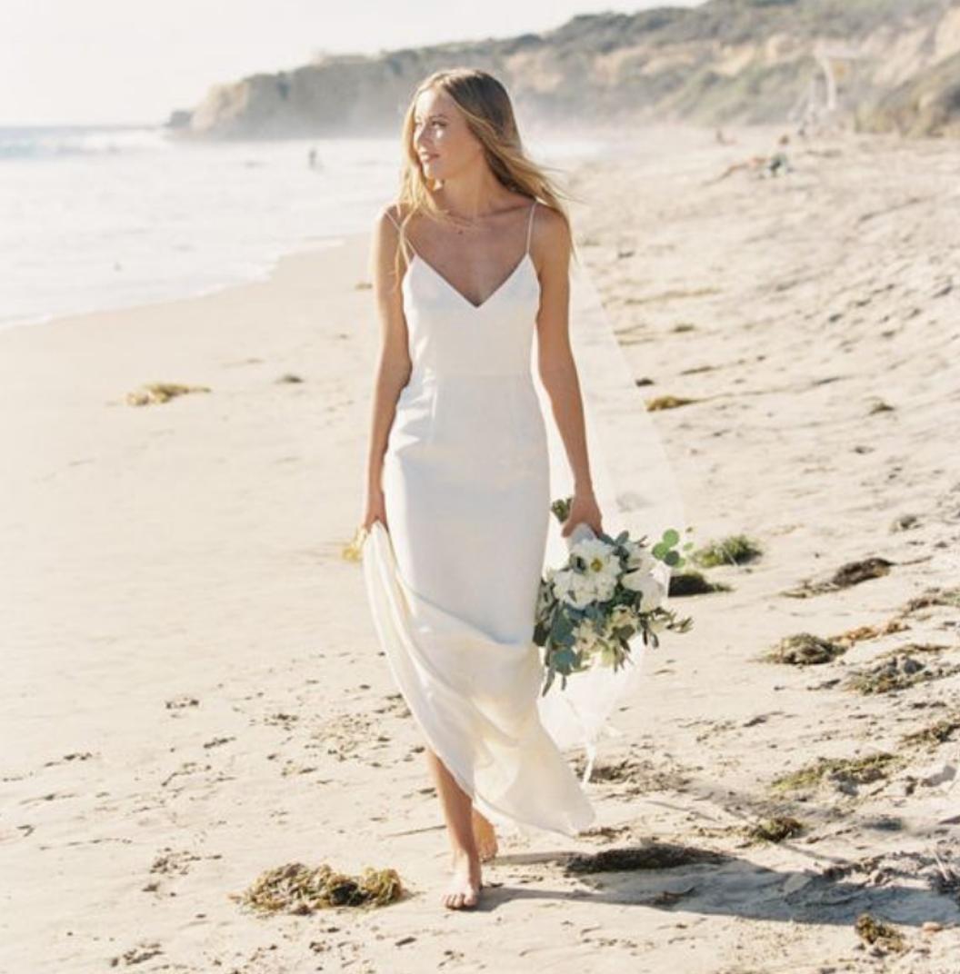 new arrival ff255 ca8b0 Abito da sposa per il matrimonio in spiaggia: i modelli da ...